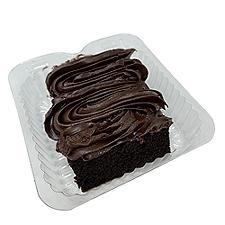 Chocolate Cake Slice w/Fudge Icing   , 7 Ounce
